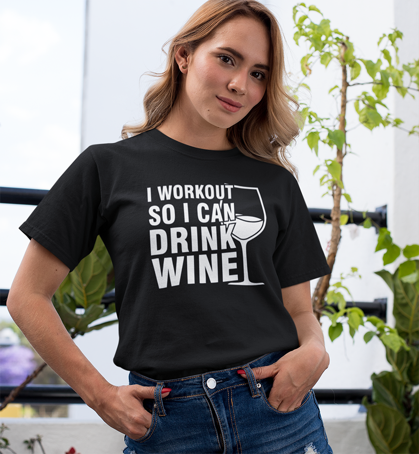 I workout so I can drink wine T-shirt - Urbantshirts.co.uk