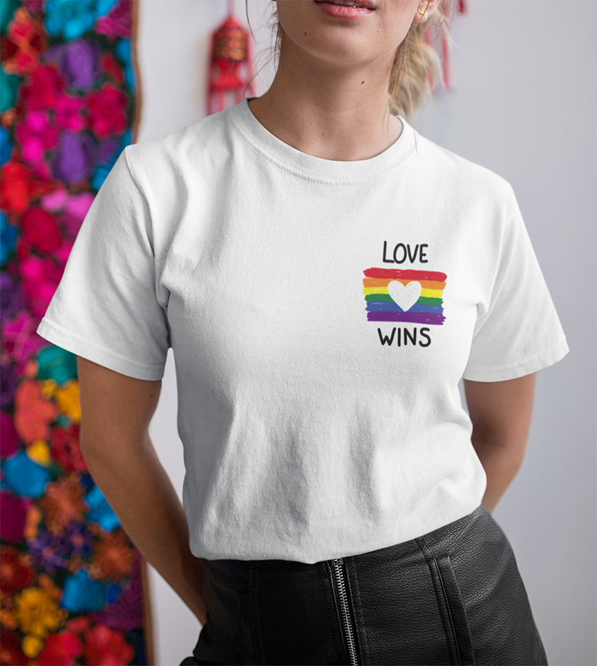 Love wins T-shirt , LGBT , Pride T-shirt - Urbantshirts.co.uk