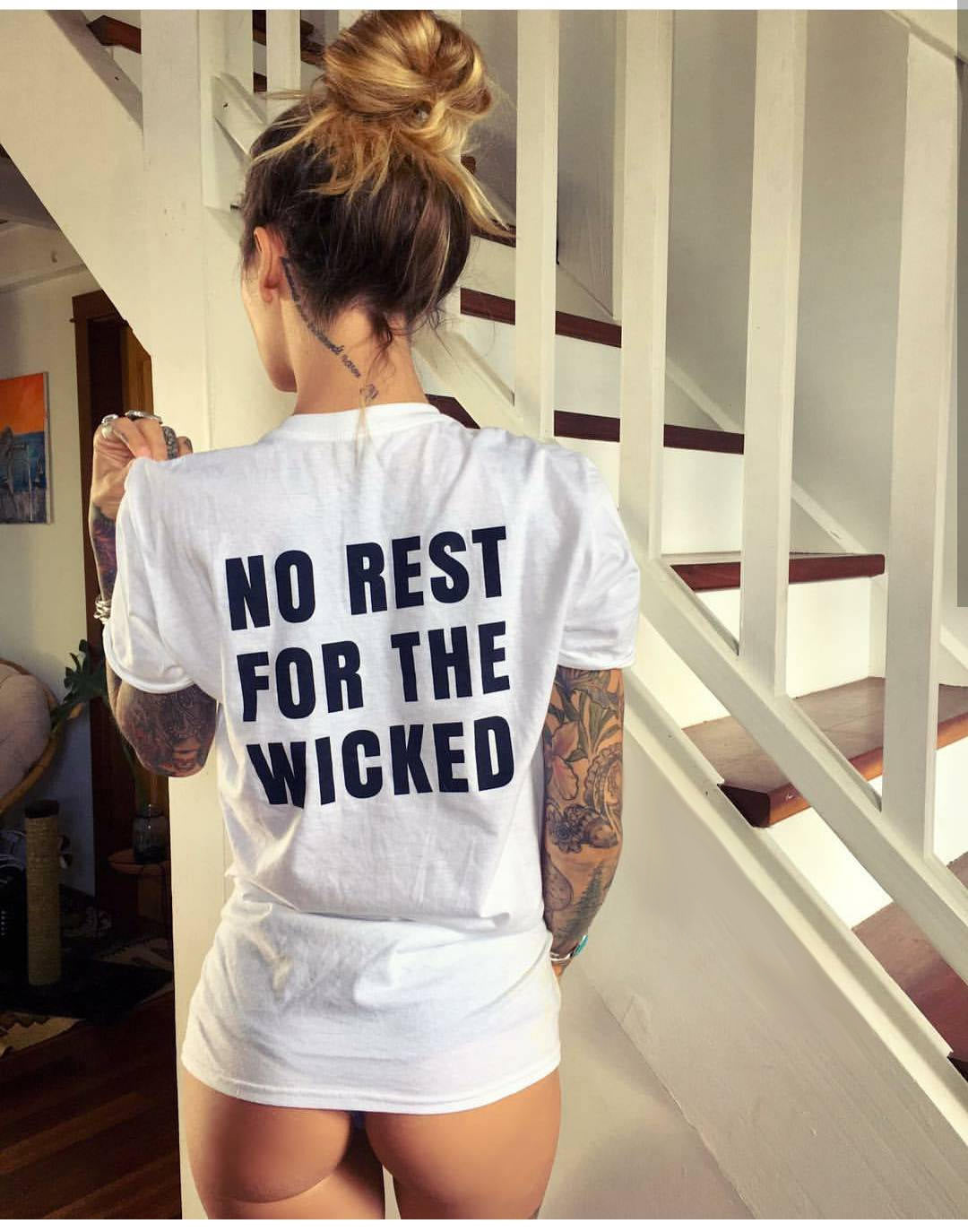 No rest for the wicked T-shirt - Urbantshirts.co.uk
