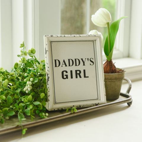 Daddy's Girl Sign