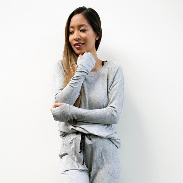 Hello Mello Weekender Top- Grey