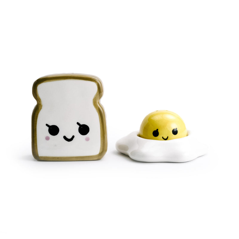 Fried Egg & Toast Salt & Pepper Set