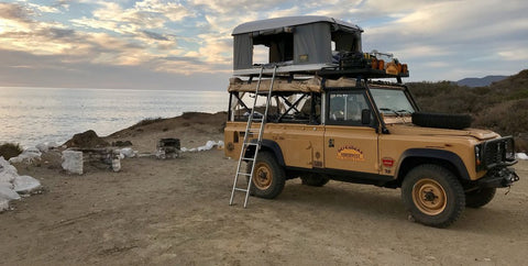 Defender 110 with Autohome Airtop Tent