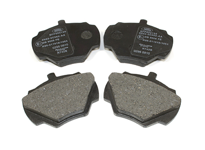 SFP500190 Brake Pad Set, Rear, Defender 90
