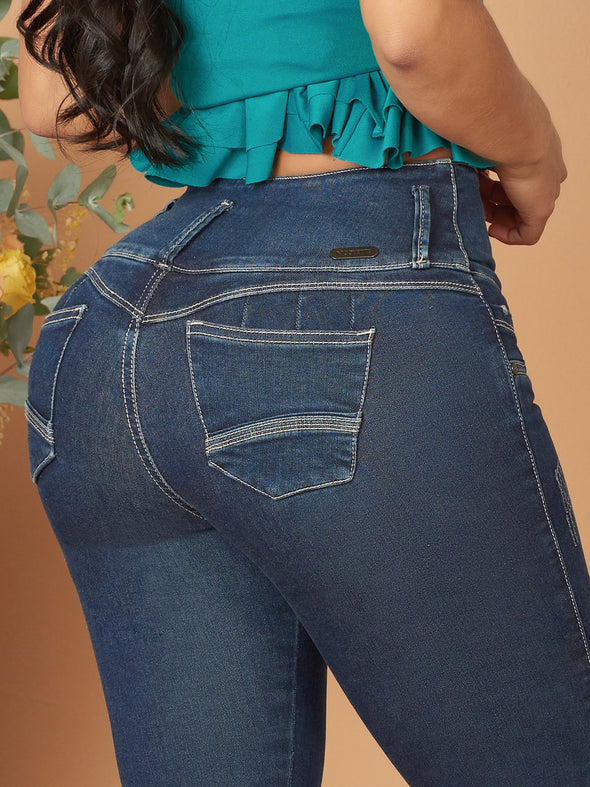 Dark wash butt lift colombian jeans white outline up close