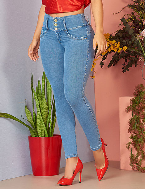 colombian high waist light blue wash butt lifting jeans with red heels