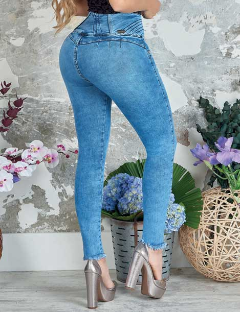 back view butt lifting colombian acid wash dark blue jeans with high heels