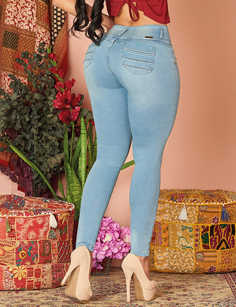 back view of butt lift colombian jeans with nude heels