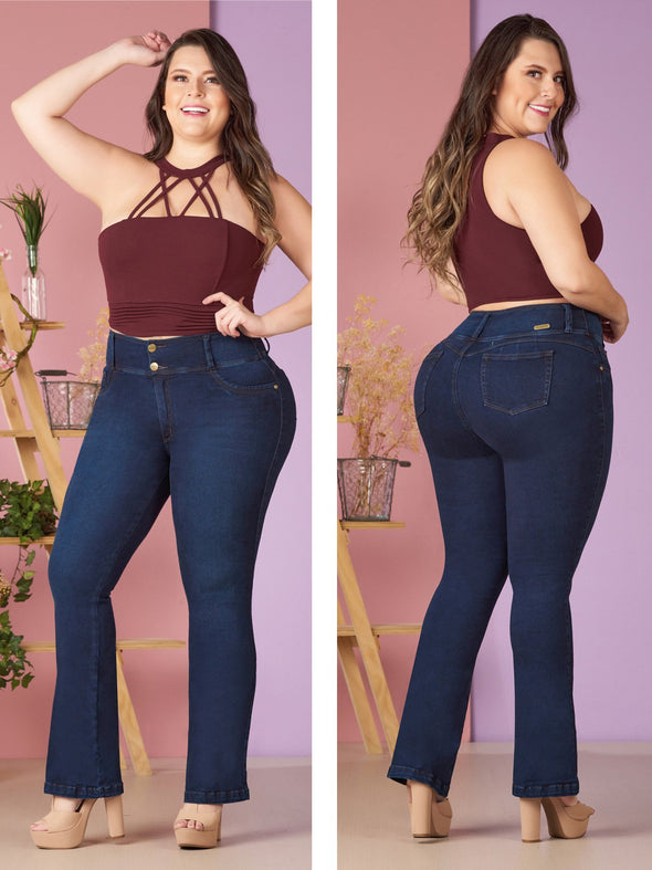 plus size model flare butt lift jeans dark wash and crop top