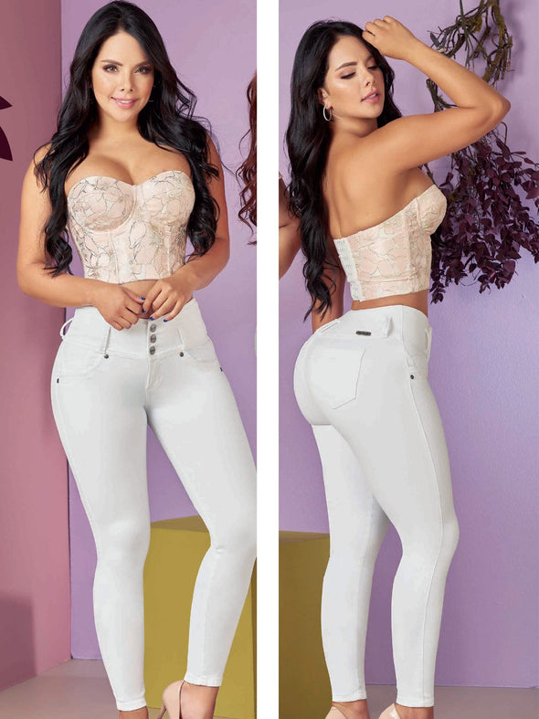 black hair colombian women wearing white butt lift jeans and corset top