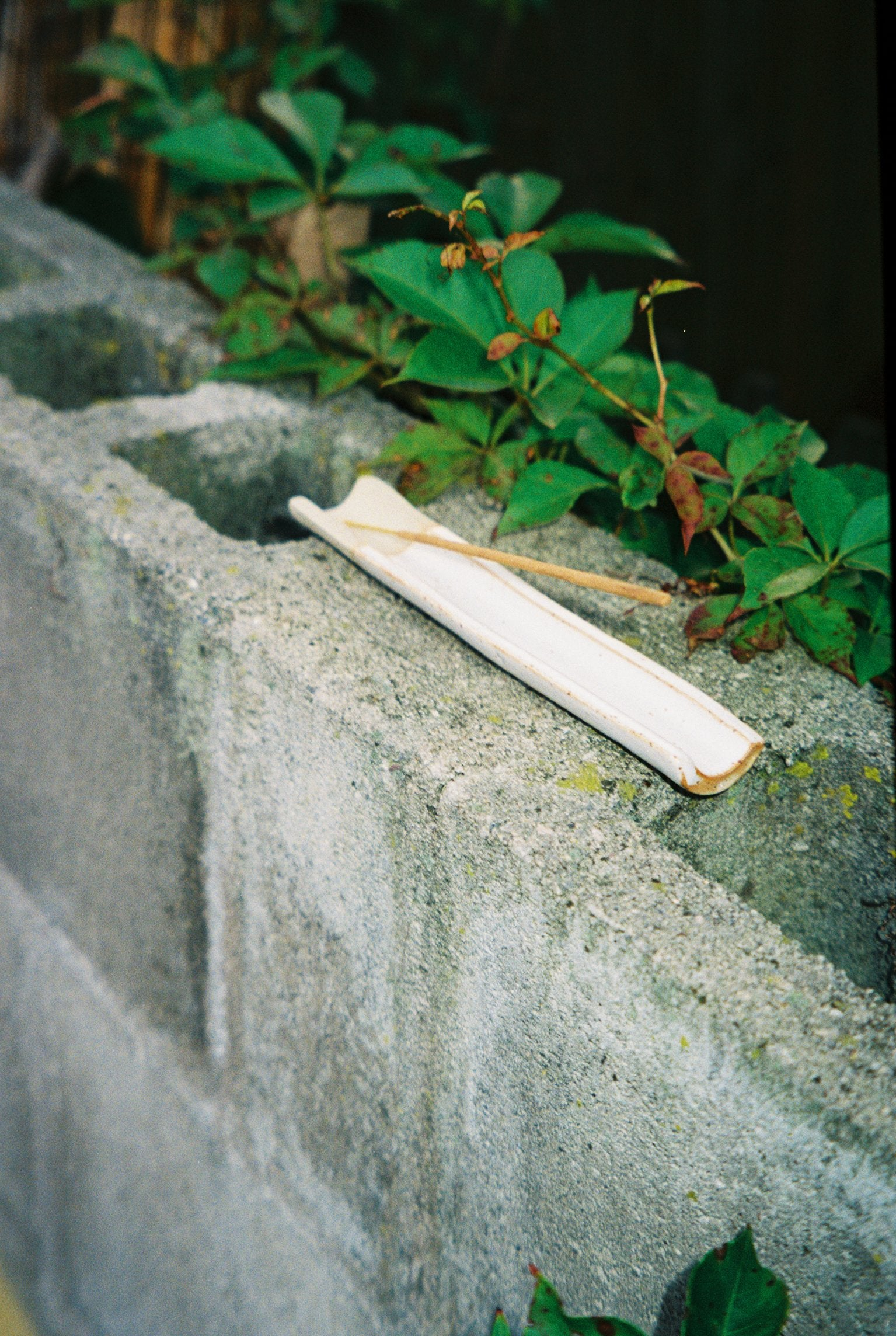 Takeawei Ceramic Incense Holder