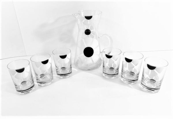 Colony Mid-Century Black and White Daisy Flower Power 7-Piece Set