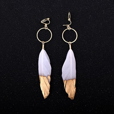Beautiful Feather Clip White Earrings Set