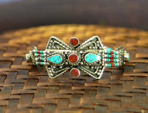 Traditional Tibetan Inlaid Beaded Bracelet
