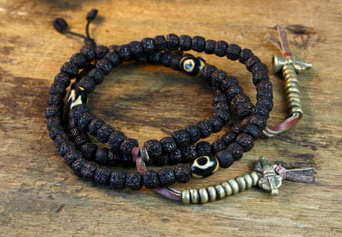 Tiger Tooth Dzi and Rudraksha Tibetan Mala