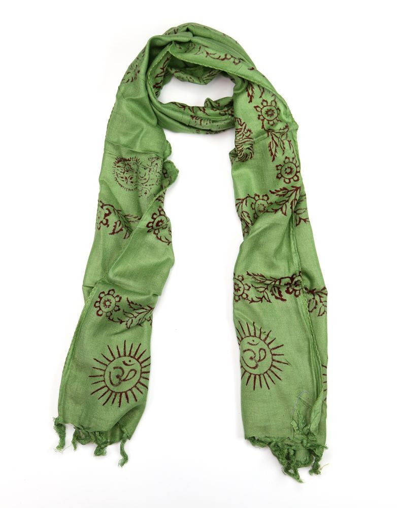 Small Om Prayer Scarf in Natural Green