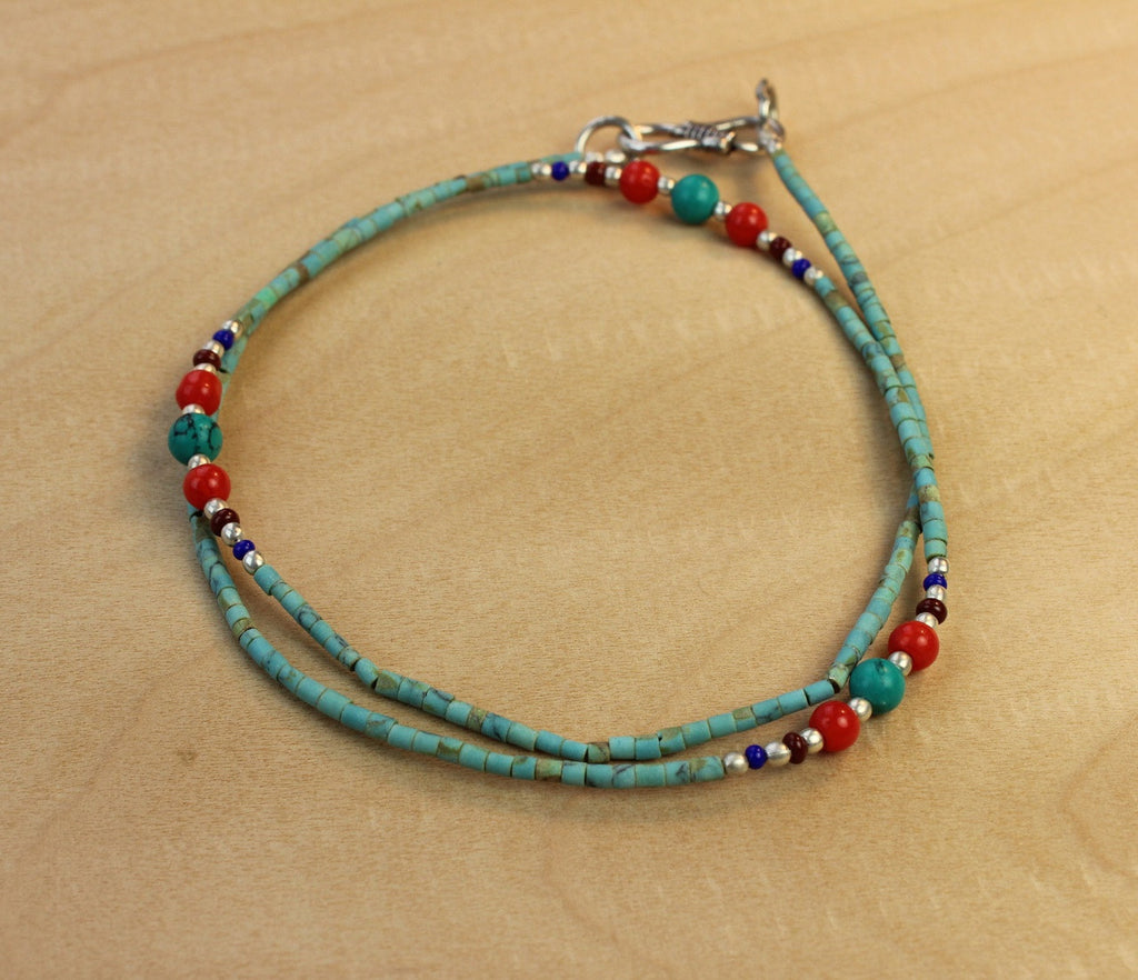 A Single Strand Beaded Necklace