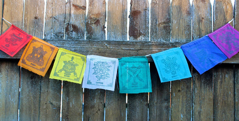 Small 8 auspicious symbols flags