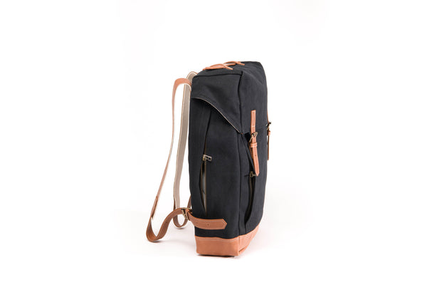 Arniko Backpack Black Side Zipper