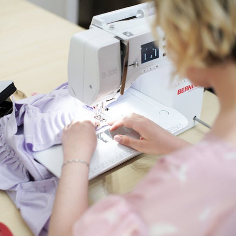 bernina 335 in action