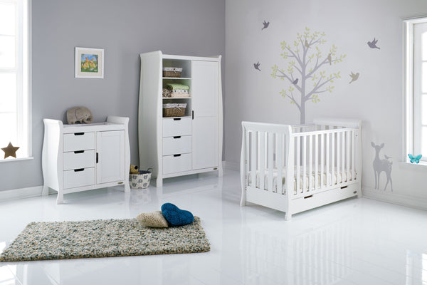 15% OFF RRP AND FREE DELIVERY Stamford Three Piece Nursery Room Set Featuring Mini Cot Bed - The Simply Small Company