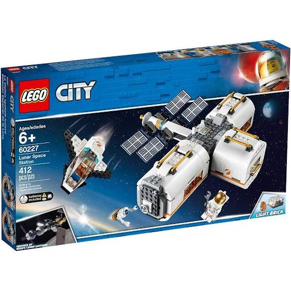 LEGO® 60227 City Lunar Space Station
