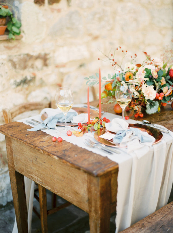 Featured: Earth Toned Styled Shoot in Italy