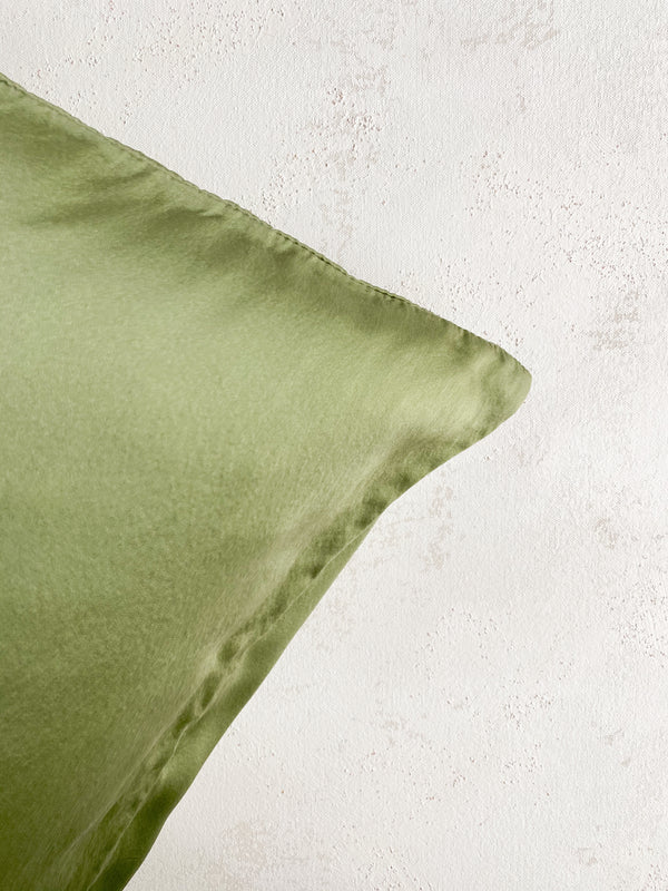 Silk Pillowcase in Avocado