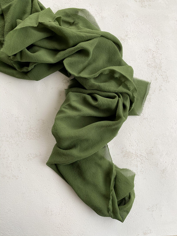Green Classic Silk Styling Textile 001