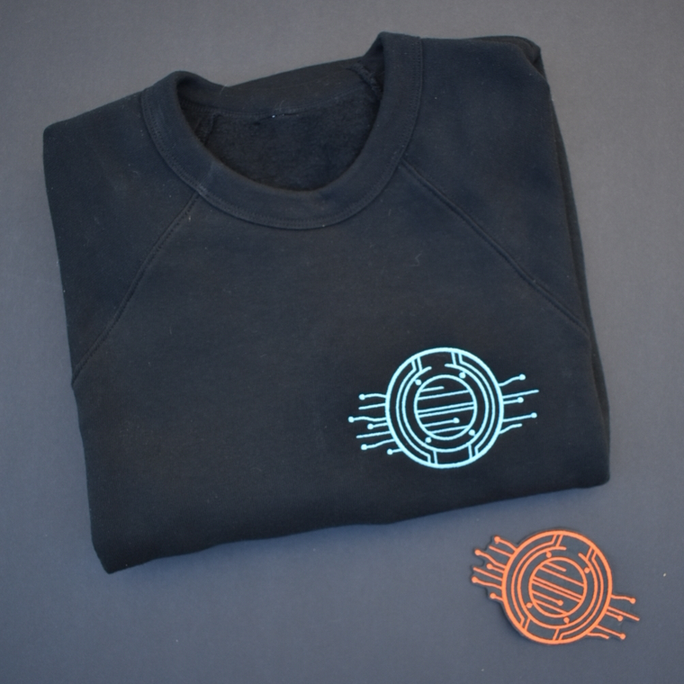 Tron Legacy Light Disc - Embroidered Unisex Sweatshirt