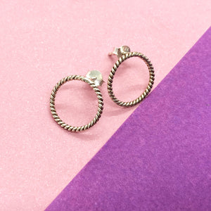 Geometrical Circle Twisted Studs