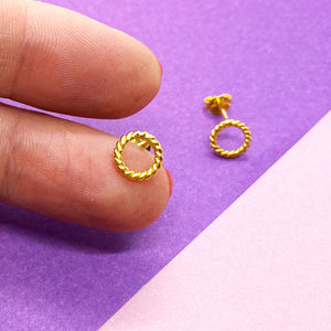 Geometrical Circle Gold Twisted Studs