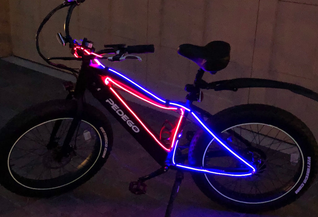 Pedego Special: Laser Light Charge & Sync Cable