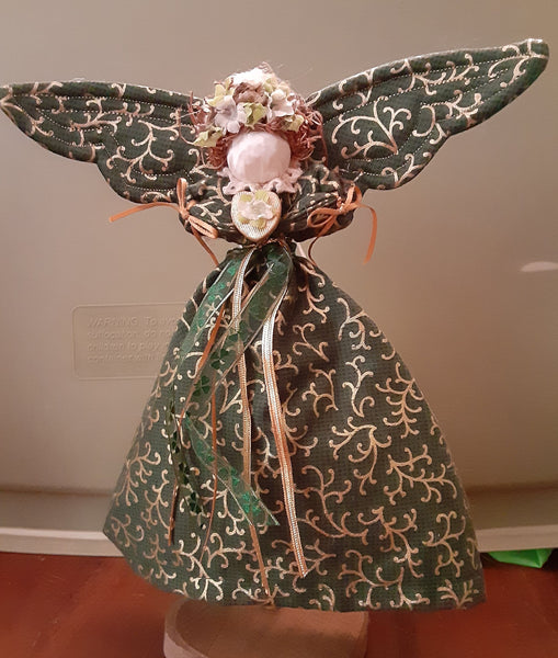 10 Inch Angels : Irish - Country Craftworks