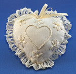 Embroidered  Hearts - Country Craftworks