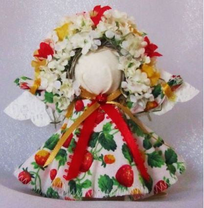 4 Inch Mini Angels-Strawberry - Country Craftworks