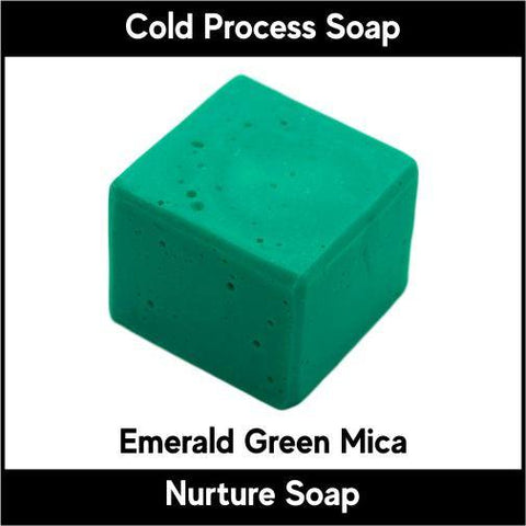 Emerald Green Crystal Mica Powder - Nurture Soap Inc. - 1
