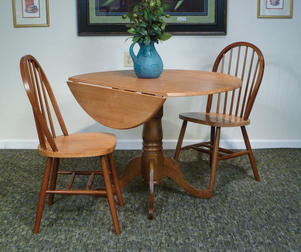 Queen Anne Hardwood Dropleaf Pedestal Table