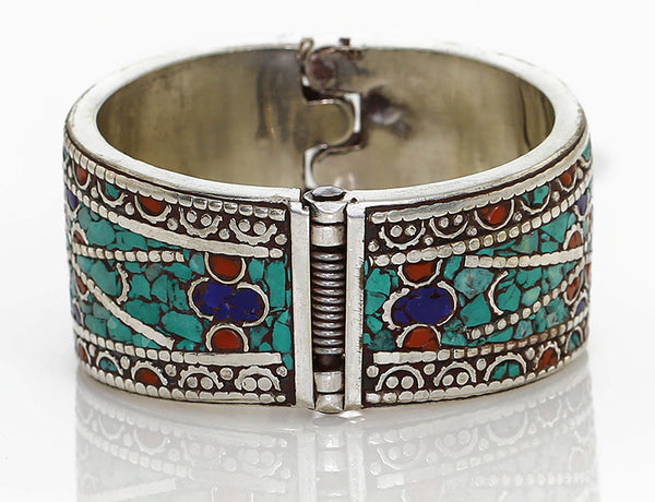 Silver Tibetan Cuff Bracelet Spring Clasp Close Up