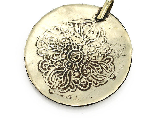 Tibetan Buddhist Pendant with Engraved Dorje in Silver