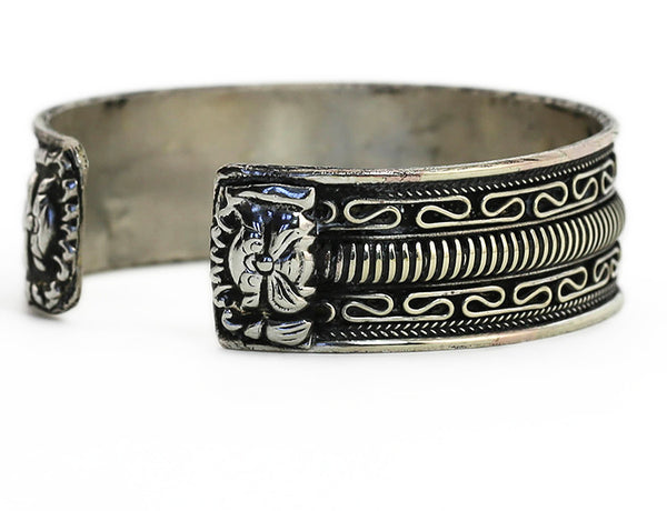 Tibetan Cuff Bracelet Silver Dragon Rear View