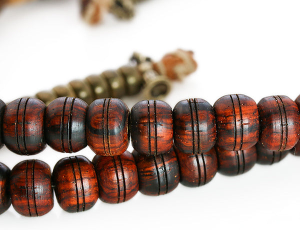 Tibetan Mala Beads with Cocobolo Wood Main Beads Close Up