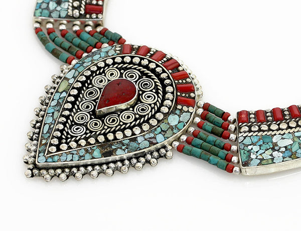 Vintage Tibetan Necklace with Reverse Tear Drop Pendant Close Up