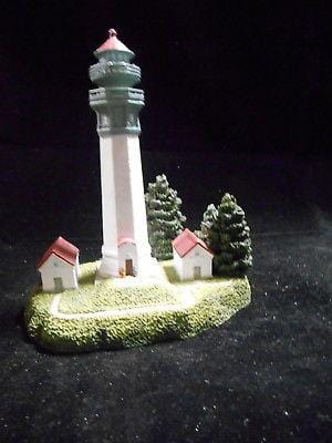 Harbour Lights Lighthouse Gray's Harbor, WA #202 FREE SHIP 48 STATES CLEARANCE