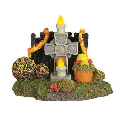 Dept 56 Halloween 2019 Day Of TGhe Dead Shrine #6003299 Free Shipping 48 States 2019