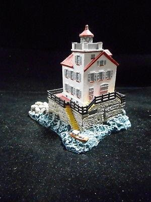 Harbour Lights Lighthouse Lorain, OH #207 FREE SHIPPING 48 STATES CLEARANCE