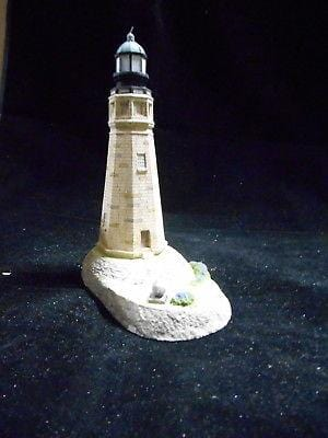 Harbour Lights Lighthouse Buffalo, NY #122 FREE SHIPPING 48 STATES CLEARANCE