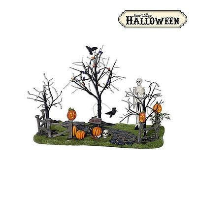 Dept 56 Halloween Creepy Lighted Front Yard #53242 MIB FREE SHIPPING 48 STATES