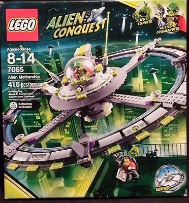 Lego Alien Conquest Mothership #7065 NIB