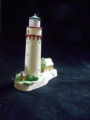 Harbour Lights Lighthouse Grosse Point, IL #120 SIGNED FREE SHIP CLEARANCE